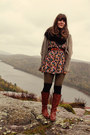 Tawny-wanted-boots-brick-red-vintage-dress-light-brown-threadsence-sweater