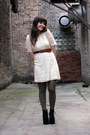 Ivory-shop-ruche-dress-army-green-american-apparel-tights-black-jeffrey-camp