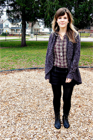 gray off brand sweater - black Jeffrey Campbell boots - black unknown tights - p
