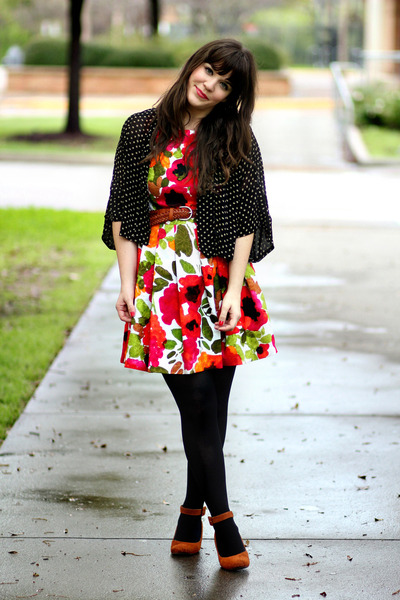 tawny Ruche wedges - white modcloth dress - black Target tights