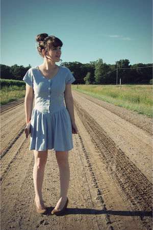 blue bleubird vintage dress - brown Urban Outfitters shoes - pink Urban Outfitte