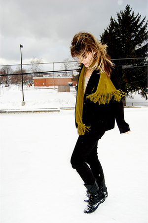 black Forever 21 jeans - black Jeffrey Campbell boots - green Target scarf - gra