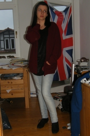 Urban Outfitters coat - H&M top - Tally Weijl jeans - ecco shoes