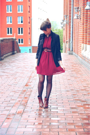 H&M blazer - new look dress - Zara heels - H&M belt