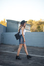 Black-ca4la-hat-black-kenneth-cole-bag-white-urban-outfitters-top