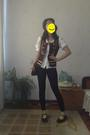 Brown-vest-black-leggings-black-shoes-brown-purse-white-banana-republic-