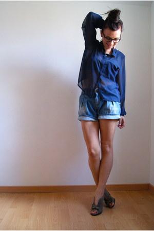 blue HetM blouse