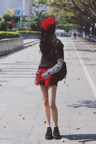 UNIF shorts - Zara top - TUK flats