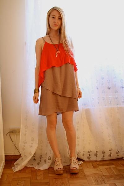 bronze vintage bracelet - carrot orange Sugarlips Apparel dress