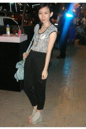 aquamarine SM bag - black SM pants - black Mango top - Gold Dot wedges