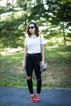 white eyelet Jcrew top - black distressed madewell jeans