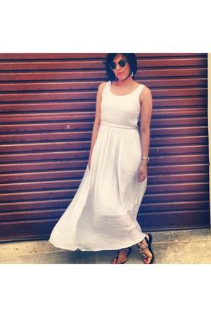 white dress - glasses
