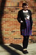 blue vintage skirt - white H&M t-shirt - black Forever 21 blazer - black Steven