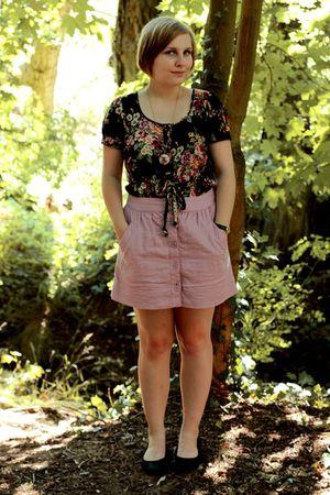 pink Forever 21 skirt - black modcloth dress - beige modcloth necklace - black H