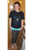 black Hot Topic necklace - gray lola leggings