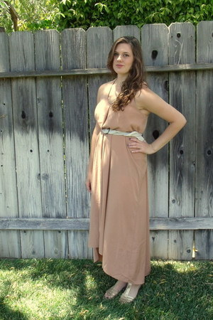 gold Old Navy sandals - light pink Forever 21 dress