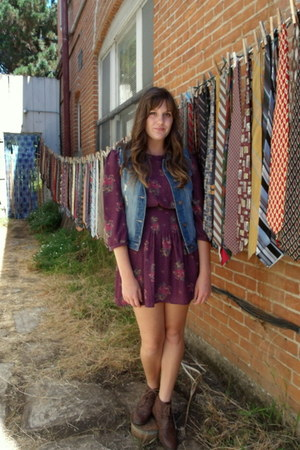 deep purple floral Urban Outfitters dress - dark brown Secondhand boots