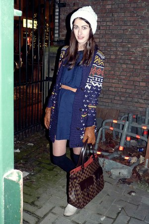 navy ecote cardigan - navy Kimichi Blue dress - dark brown Louis Vuitton bag