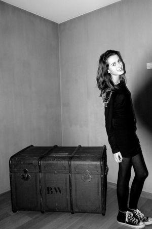 black Zara skirt - black Zara sweater - black Converse shoes - black Wolford tig