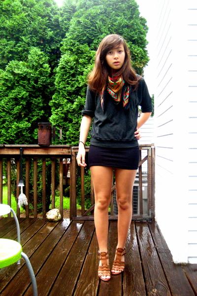 red Vintage YSL scarf - brown Nine West shoes - black American Apparel dress