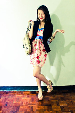 light pink floral tube Bazaar dress - black Freeway blazer - XOXO bag