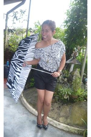 black shorts - white blouse - black spike heels - owl necklace
