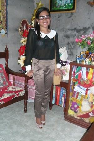 cream round  heart bracelet - black blouse - white heart earrings - camel heels