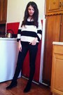 Black-sam-edelman-boots-black-gap-jeans-white-gap-sweater