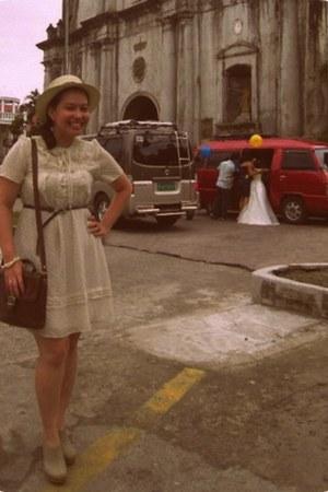 dress - YRYS hat - vero cucio bag - Timberland clogs - Cindy Carol necklace