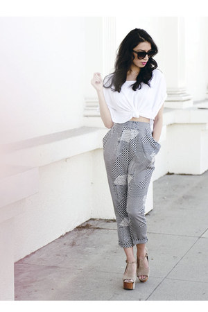 gray Modest Mob pants - white cropped shirt - beige foxy Jeffrey Campbell heels