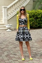 crop Target top - cat eye house of harlow sunglasses - tie dye Target skirt