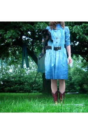 goldred boots vintage boots - babette versus dress - felt vintage hat