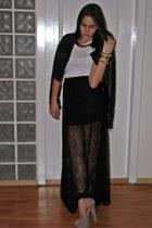 black lace Stradivarius skirt - white reserved t-shirt - heather gray Zara heels