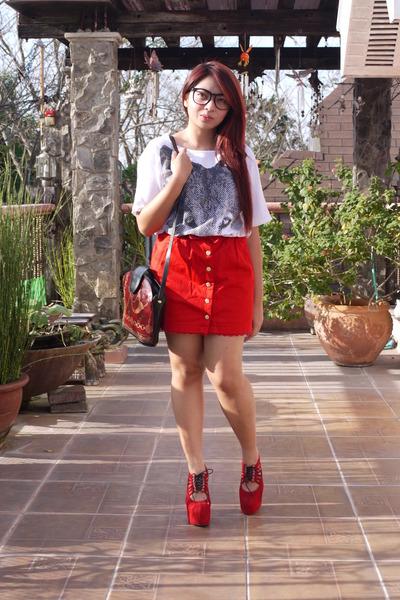 red Topshop skirt - white oversized bangkok shirt - ruby red vintage bag