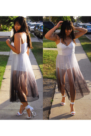 periwinkle Motel dress - white Jeffrey Campbell sandals