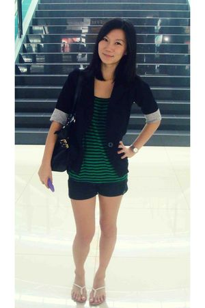black unbranded blazer - green MNG t-shirt - black Jeans Republic shorts - white