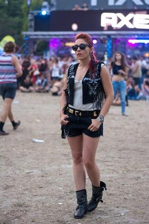 Zara boots - Choies bag - BADstyle vest