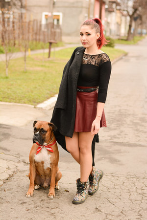 romwe skirt - romwe boots - romwe coat - onenecklace necklace - BADstyle top