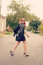 blugirl bag - Ray Ban sunglasses - Guess pumps - Choies skirt - romwe top