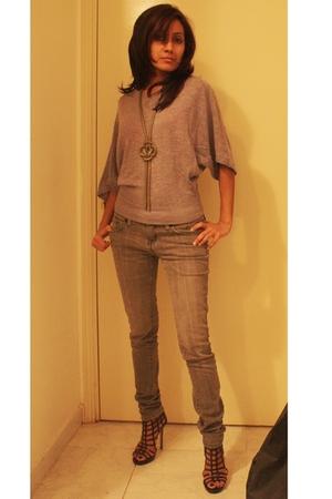 Splash top - Forever21 jeans - Splash Dubai shoes - Aldo necklace