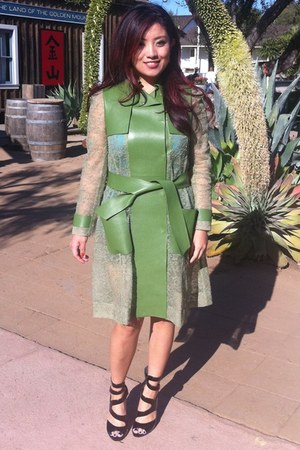 black sandals - green Valentino coat