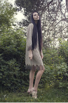 silver Tom Wood ring - nude via eBay shoes - camel fringe trifted dress