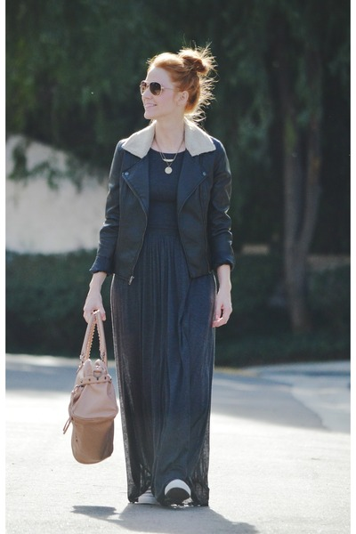 charcoal gray maxi dress - black leather jacket - peach bag