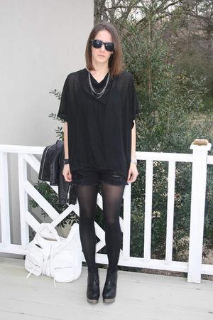 black alternative shirt - black Seventh Door shorts - white Seventh Door purse -
