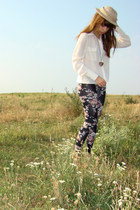 eggshell Zoe Phobic blouse - beige Zoe Phobic Knit hat - black Topshop leggings