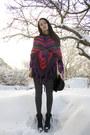 Black-high-waisted-gina-tricot-shorts-purple-asymmetric-knit-vila-cape-white