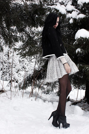 black H&amp;M jacket - black GoJane boots - white floral Bik Bok skirt