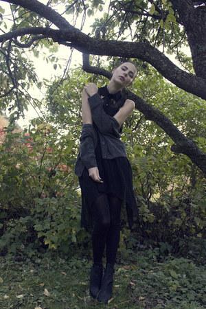 black Nelly wedges - black romwe dress - gray H&M cardigan