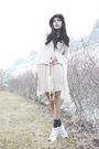 Gray-cubus-dress-beige-vila-dress-green-ellos-shirt