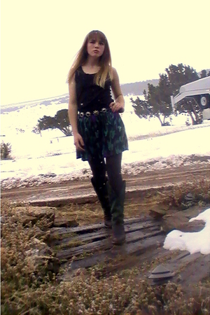 green Forever 21 skirt - green boots - black shirt - black tights - black handma